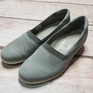 Ecco Grey Leather Loafers